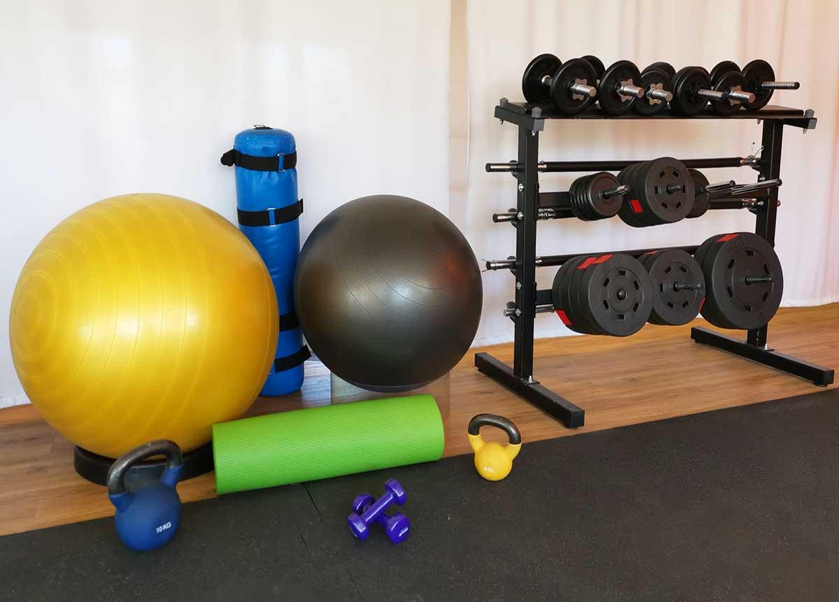 Bälle und Hanteln für Fitness und Physio in der Sternwarte
